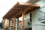 copri balcone in legno lamellare