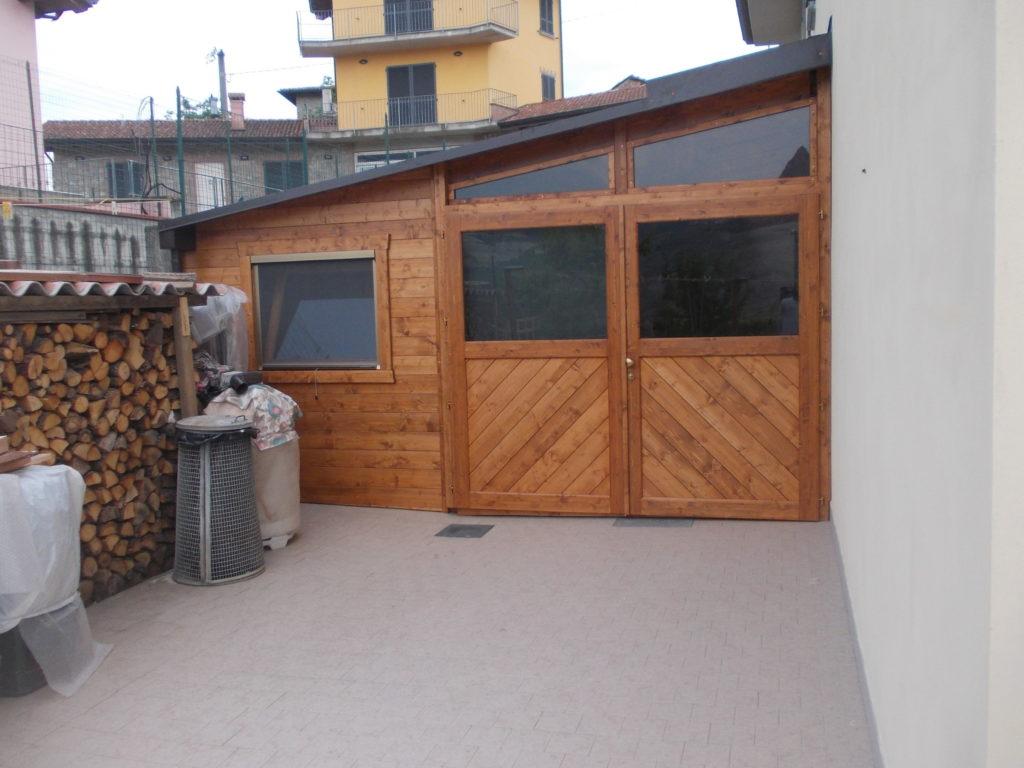 garage addossato