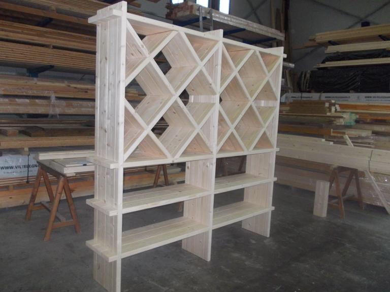 cantina in legno di abete
