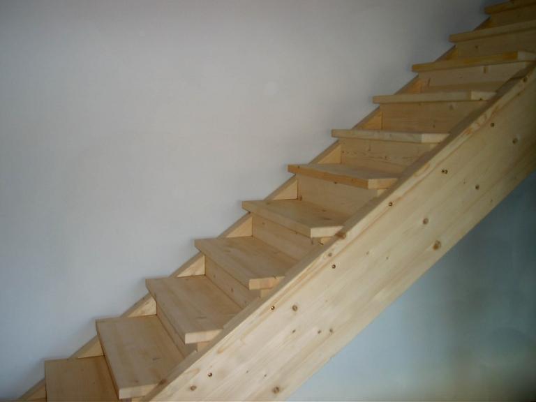 scala a cosciali di legno lamellare