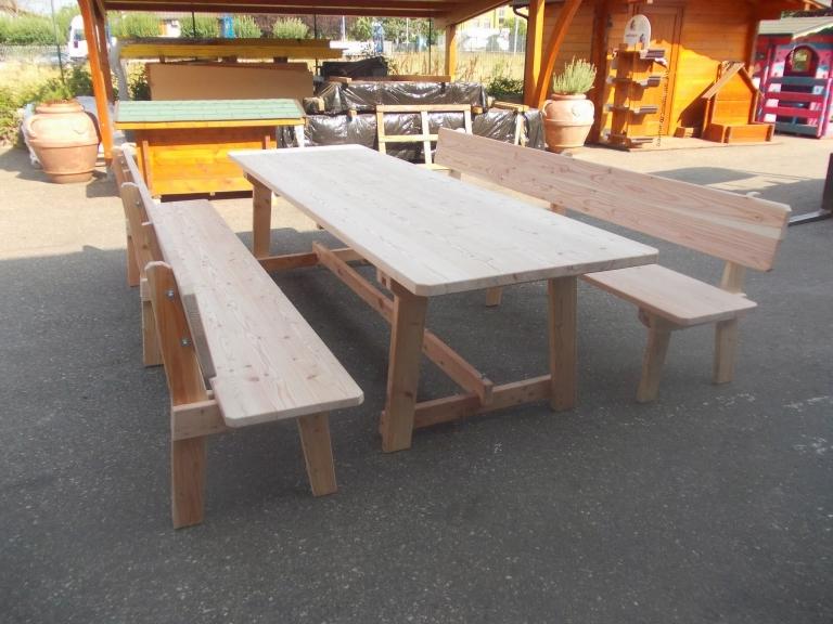 tavolo e panche in larice